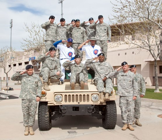 Matt Garza and Carlos Pena with the U.S. Army