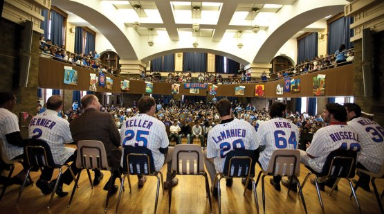 DJ LeMahieu at Cubs Caravan 2