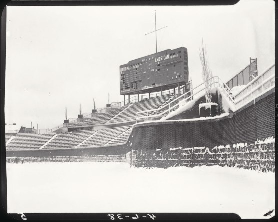 1951-Wrigley-Field-C--snowing